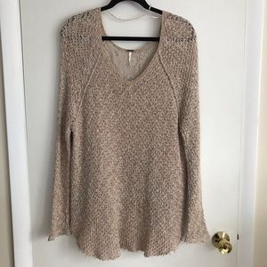 Free People Beige Tweed Sweater w Raw Hem Size L